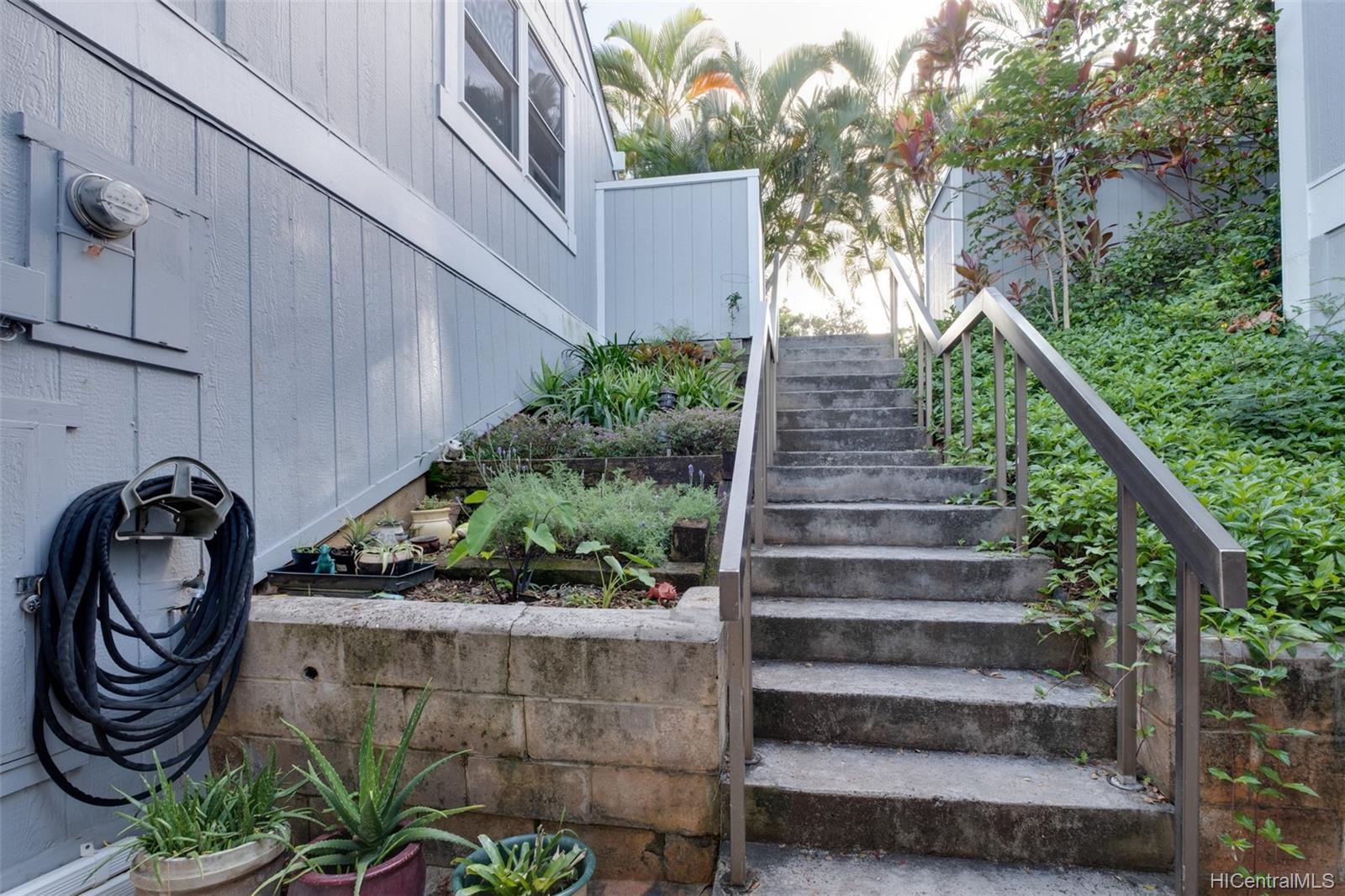 Yacht Club Terrace townhouse # 106, Kaneohe, Hawaii - photo 18 of 25
