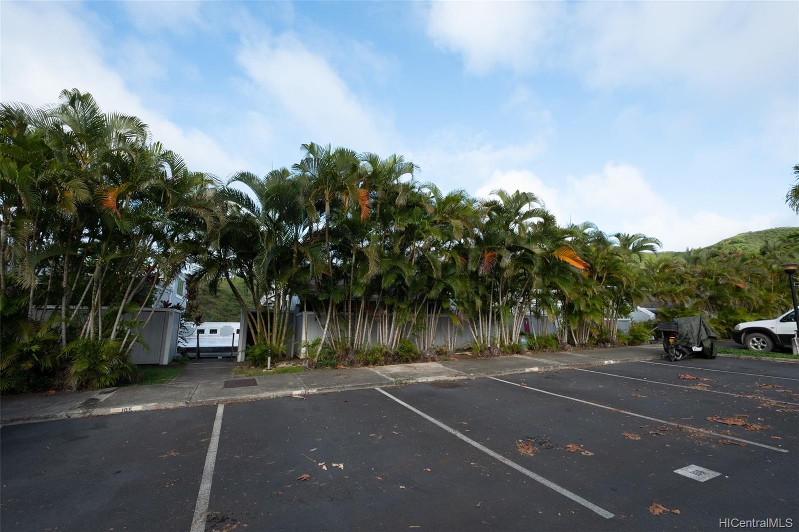 Yacht Club Terrace townhouse # 106, Kaneohe, Hawaii - photo 20 of 25