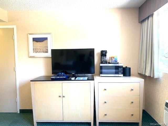 Aloha Surf Hotel condo # 316, Honolulu, Hawaii - photo 2 of 14