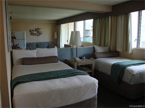 Aloha Surf Hotel condo #904, Honolulu, Hawaii - photo 1 of 6