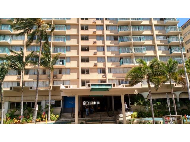 Aloha Surf Hotel condo #906, Honolulu, Hawaii - photo 1 of 20