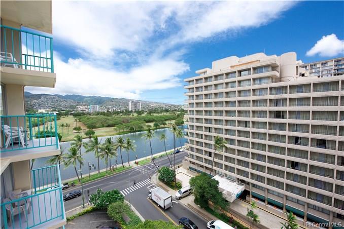 Aloha Surf Hotel condo #911, Honolulu, Hawaii - photo 1 of 18