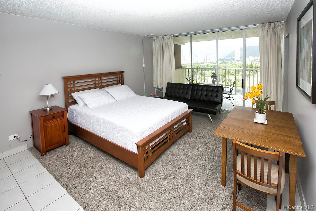 444 Nahua condo # 912, Honolulu, Hawaii - photo 4 of 14