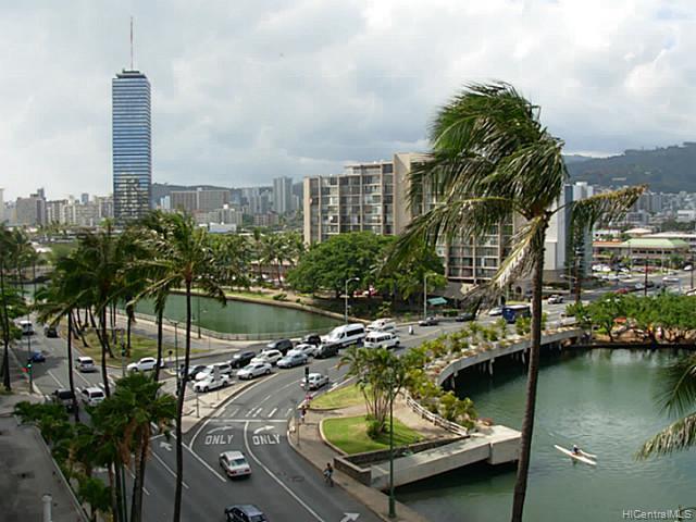 Hawaiian Monarch condo # 914, Honolulu, Hawaii - photo 1 of 4