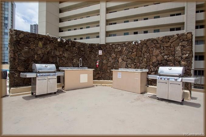 Hawaiian Monarch condo # 3101, Honolulu, Hawaii - photo 4 of 13