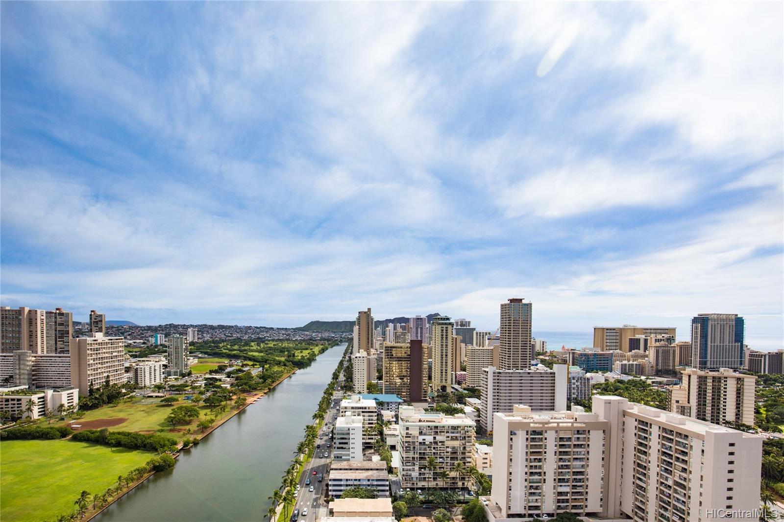 Hawaiian Monarch condo # 3505, Honolulu, Hawaii - photo 5 of 16