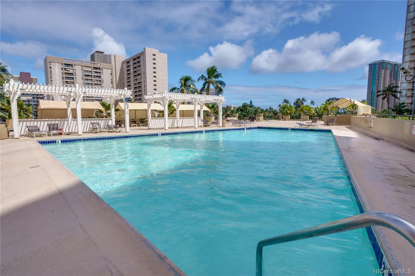 Hawaiian Monarch condo # 3705, Honolulu, Hawaii - photo 15 of 19