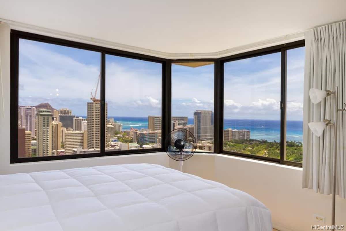 Hawaiian Monarch condo # 3803, Honolulu, Hawaii - photo 2 of 19