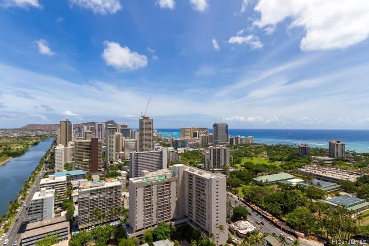 Hawaiian Monarch condo # 3803, Honolulu, Hawaii - photo 10 of 19