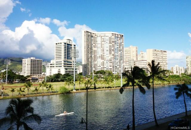 Hawaiian Monarch condo # 706, Honolulu, Hawaii - photo 6 of 12