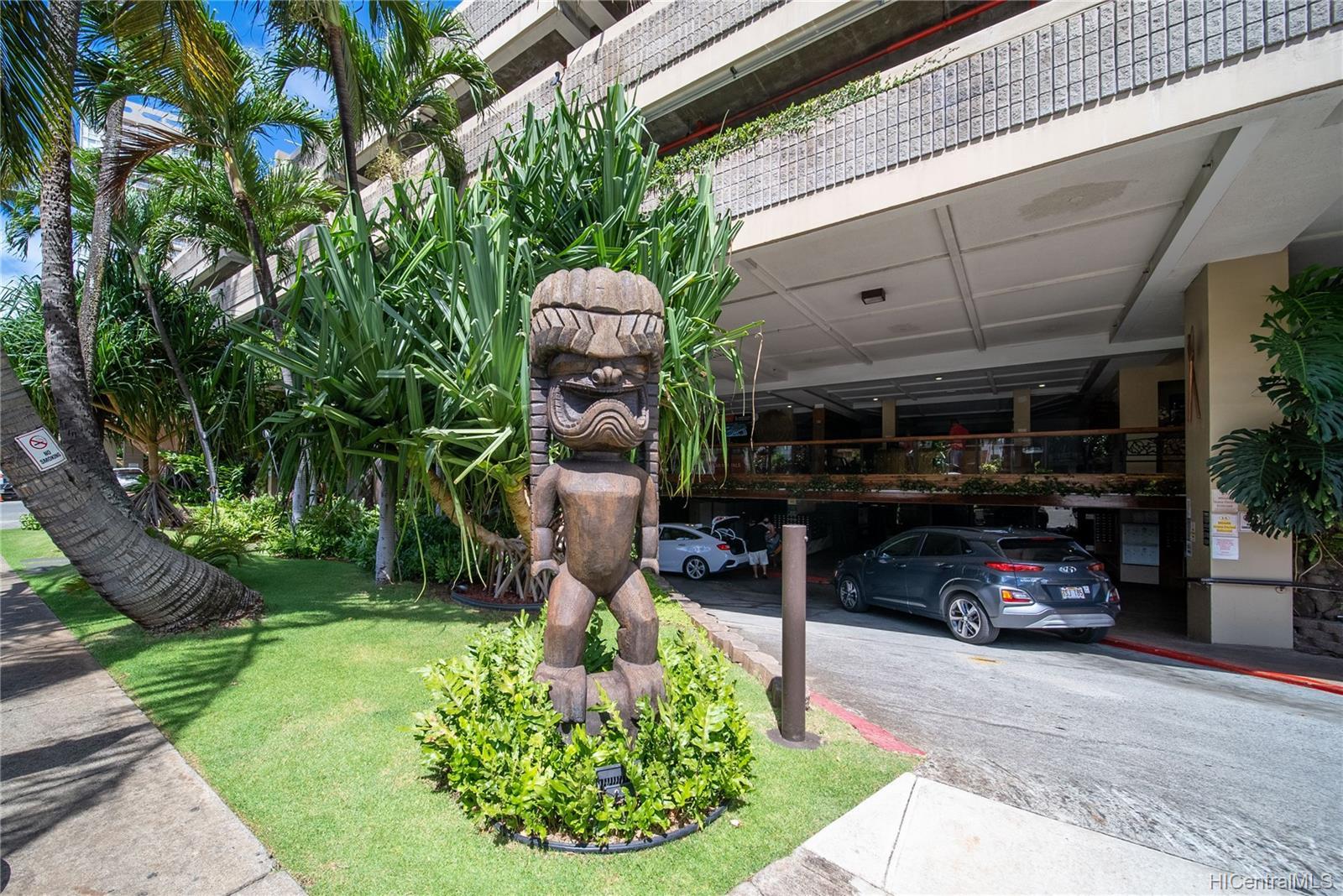 Hawaiian Monarch condo # 710, Honolulu, Hawaii - photo 17 of 20