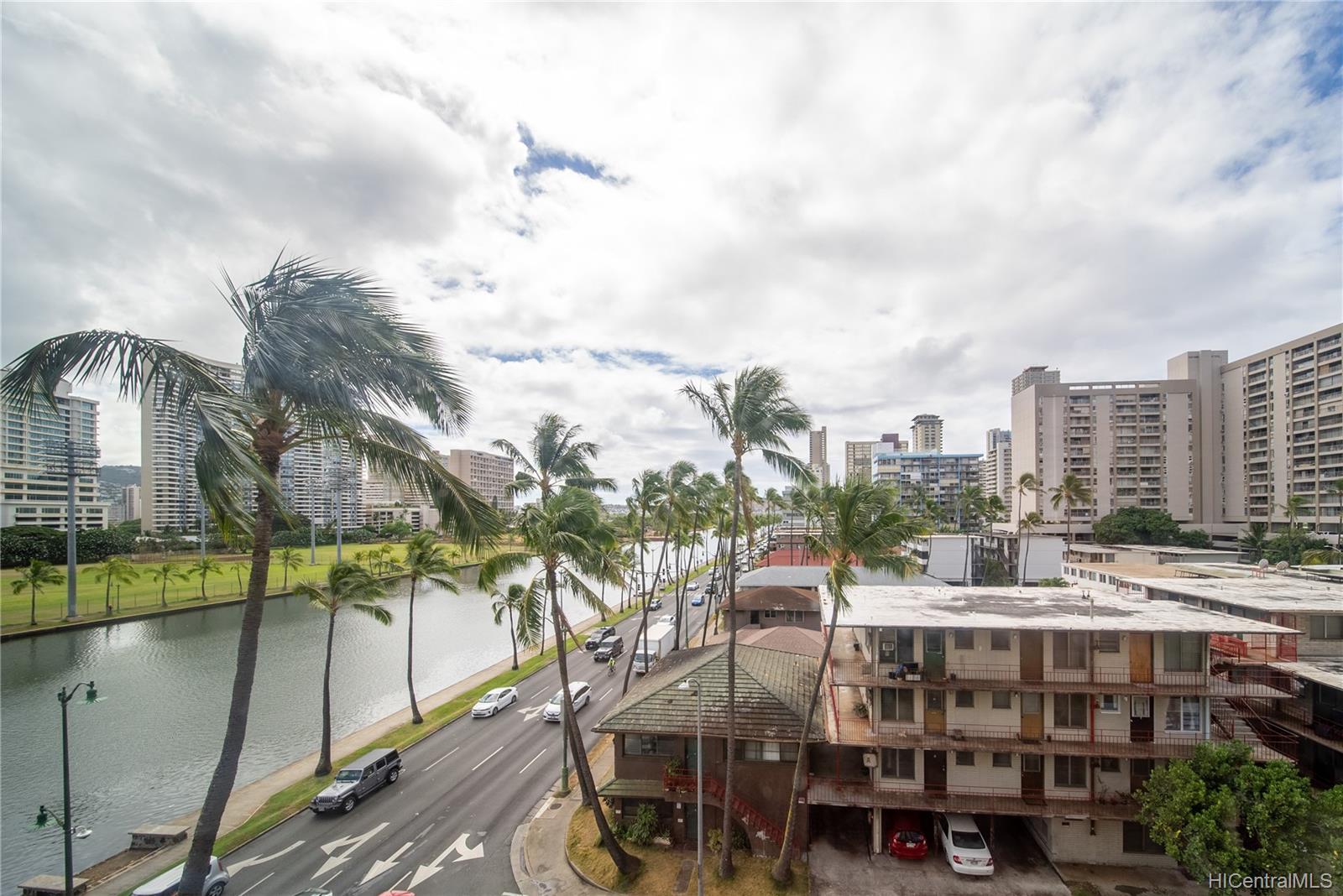Hawaiian Monarch condo # 710, Honolulu, Hawaii - photo 6 of 20