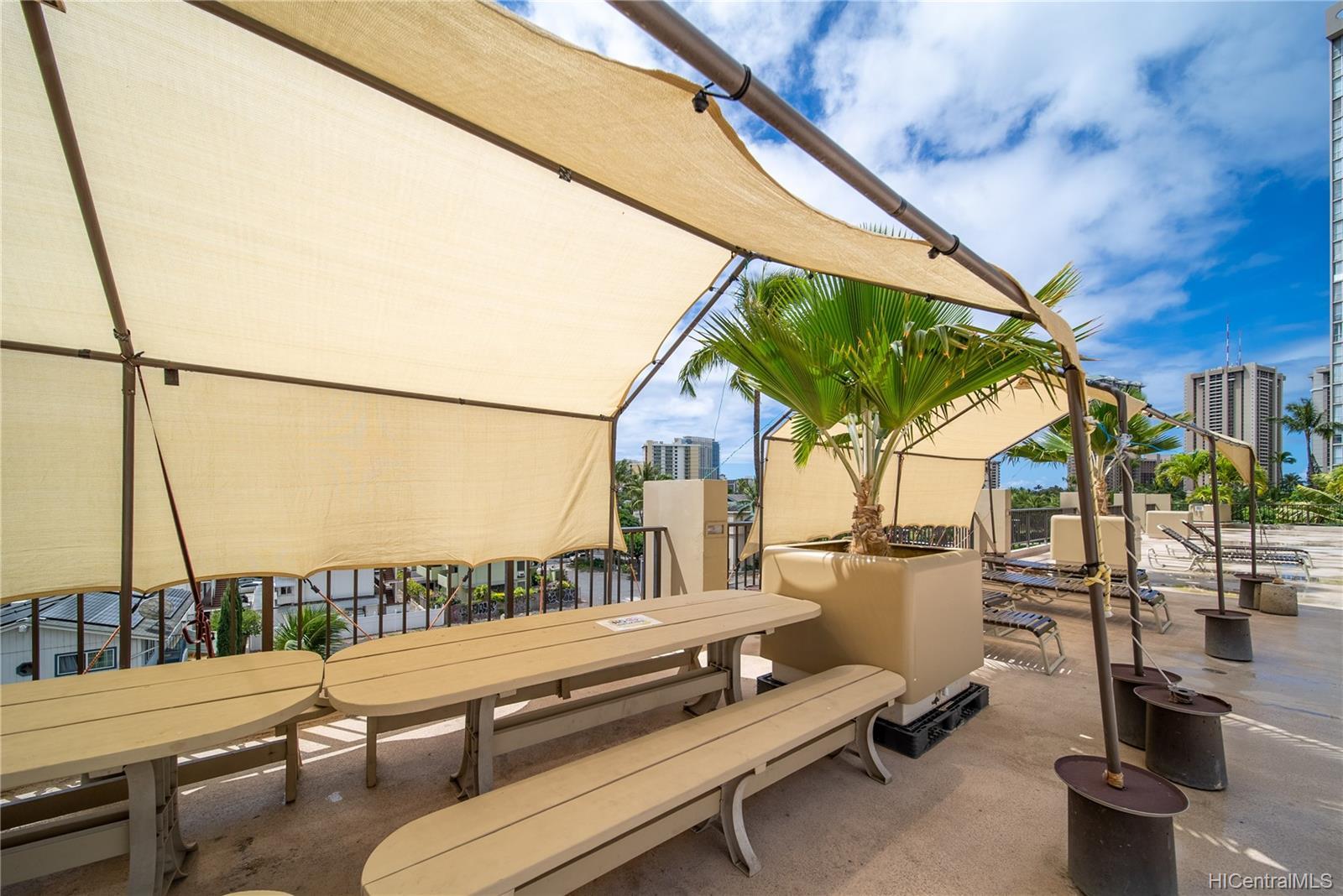 Hawaiian Monarch condo # 710, Honolulu, Hawaii - photo 10 of 20