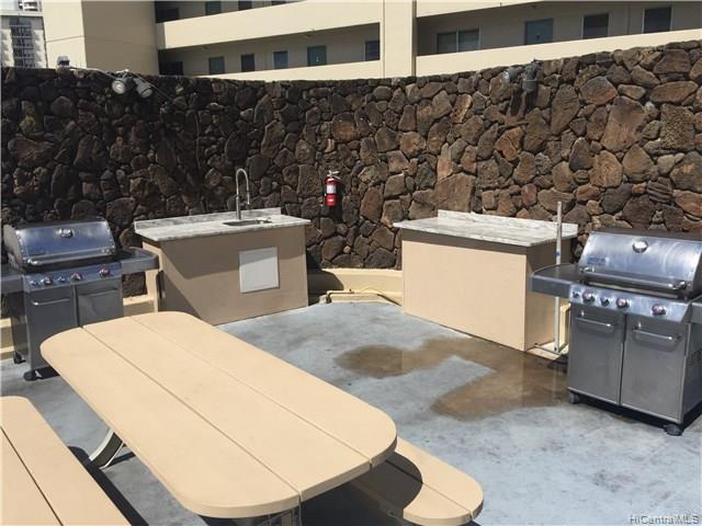 Hawaiian Monarch condo # 804, Honolulu, Hawaii - photo 4 of 16