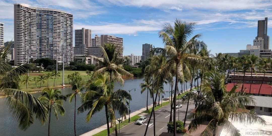 Hawaiian Monarch condo # 809, Honolulu, Hawaii - photo 1 of 10