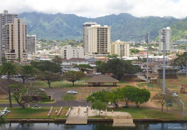 Hawaiian Monarch condo # 911, Honolulu, Hawaii - photo 6 of 10