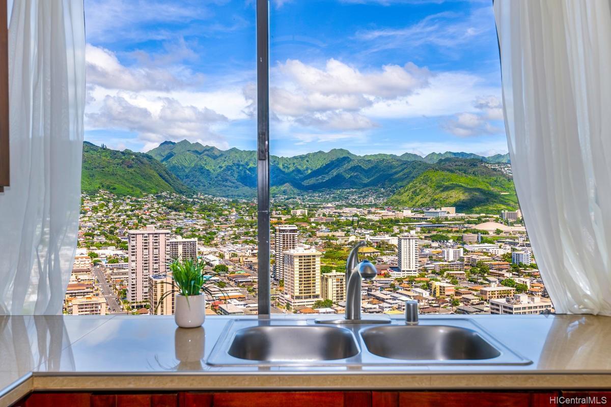 Hawaiian Monarch condo # PH303, Honolulu, Hawaii - photo 11 of 24