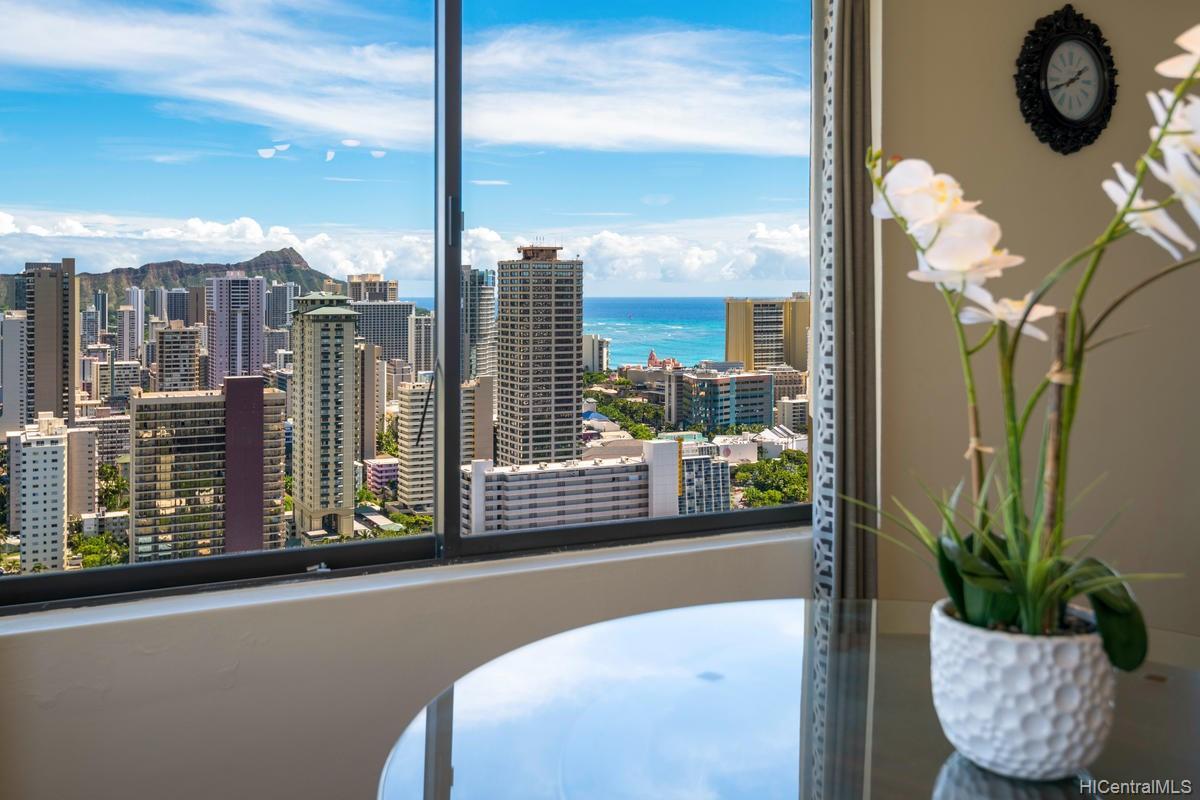 Hawaiian Monarch condo # PH303, Honolulu, Hawaii - photo 9 of 24