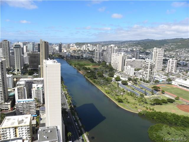 island Colony condo # 4304, Honolulu, Hawaii - photo 2 of 8