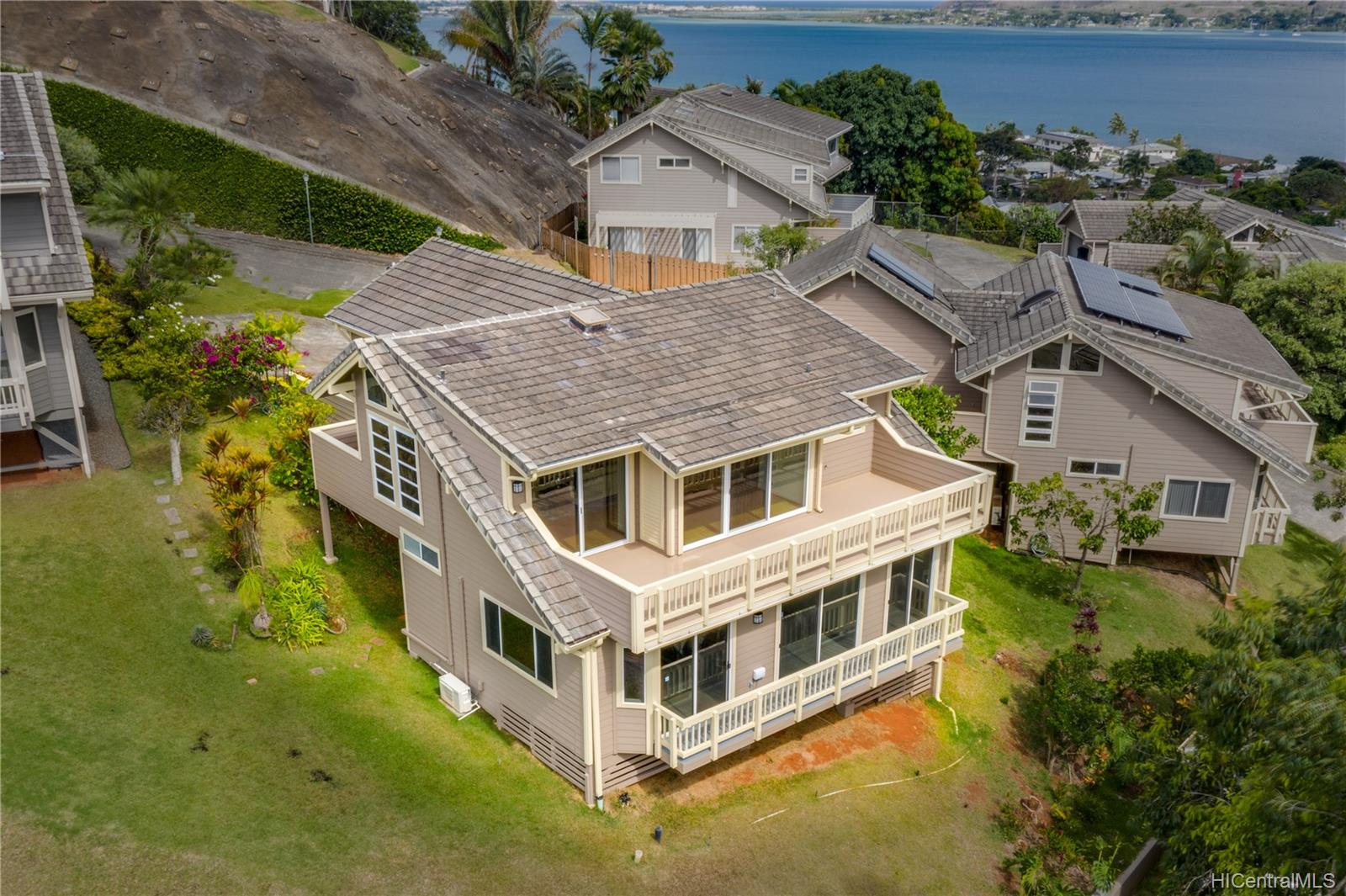 45-179N  Lilipuna Road Lilipuna, Kaneohe home - photo 1 of 25