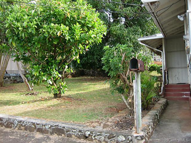 45202 Haunani Pl Kaneohe - Multi-family - photo 4 of 11