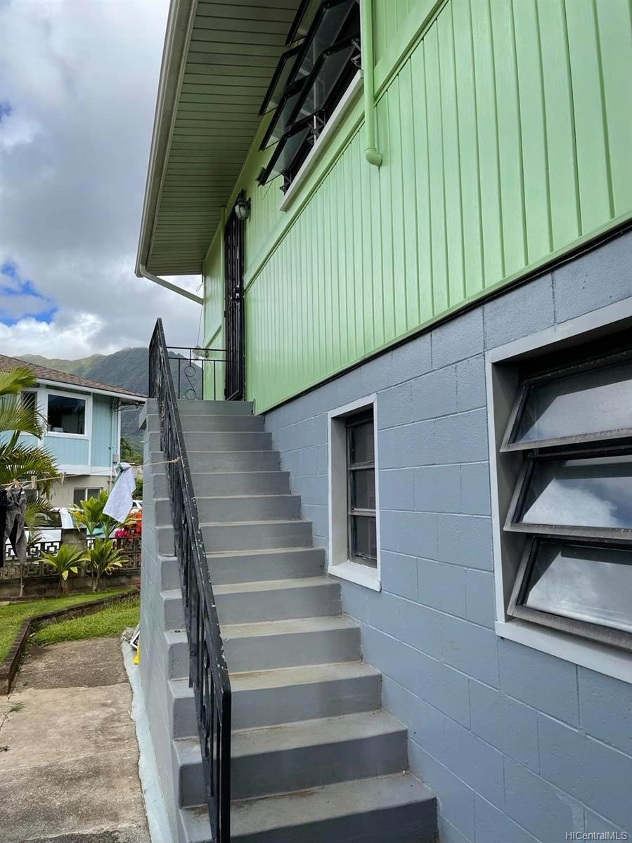 45-279  Puaae Road Pikoiloa, Kaneohe home - photo 2 of 3