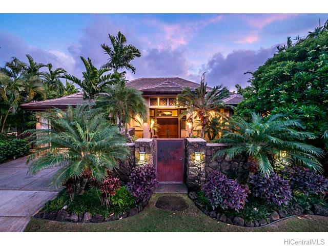 4533  Aukai Ave Kahala Area, Diamond Head home - photo 2 of 25