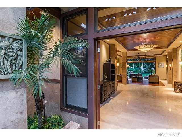 4533  Aukai Ave Kahala Area, Diamond Head home - photo 23 of 25