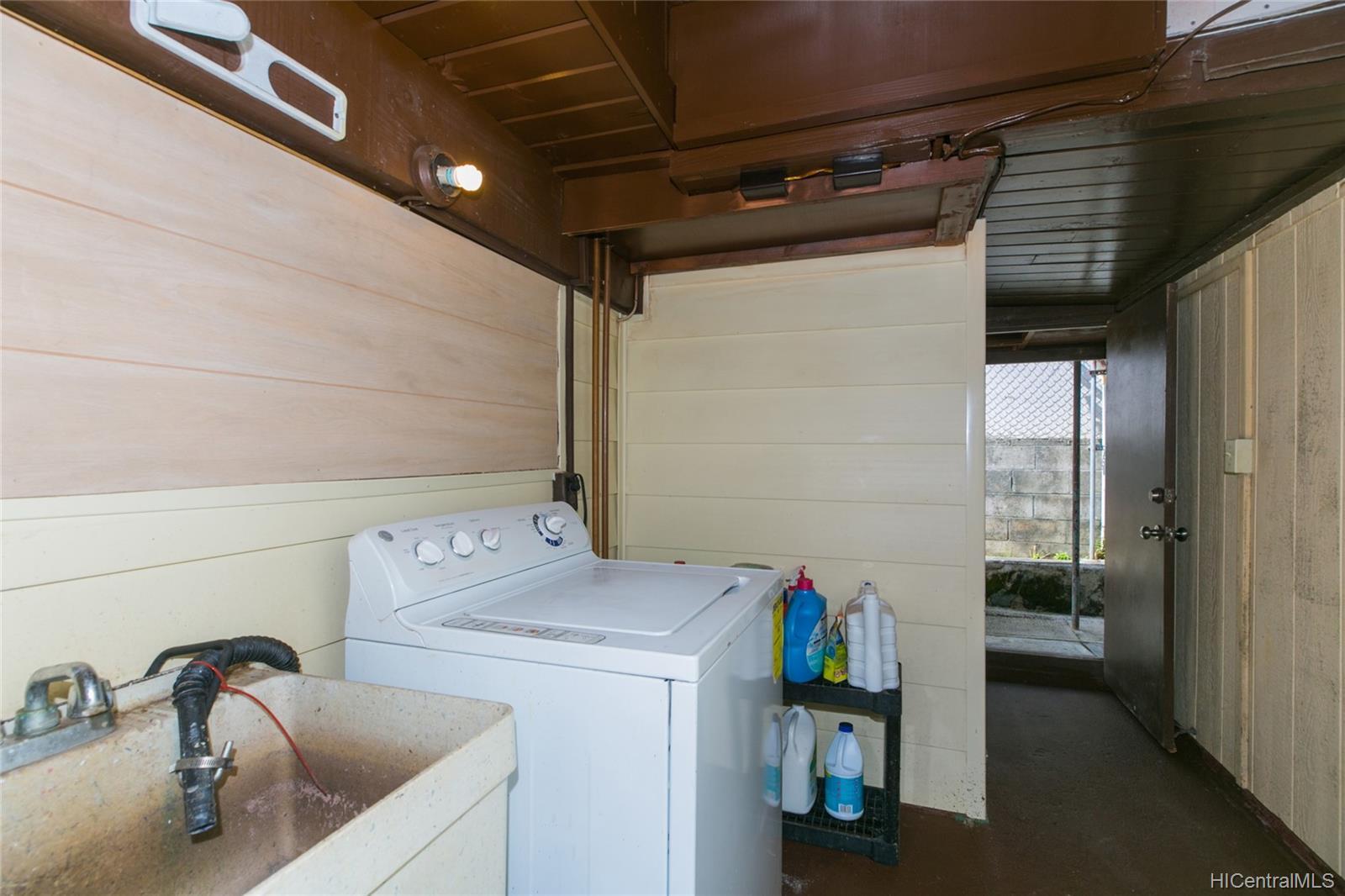 45-359  Akimala Street Pikoiloa, Kaneohe home - photo 13 of 25