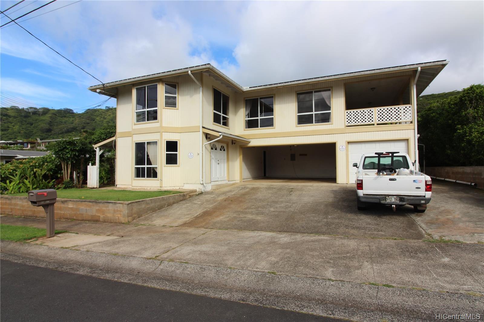 45-437  Nakuluai Street Pikoiloa, Kaneohe home - photo 1 of 25