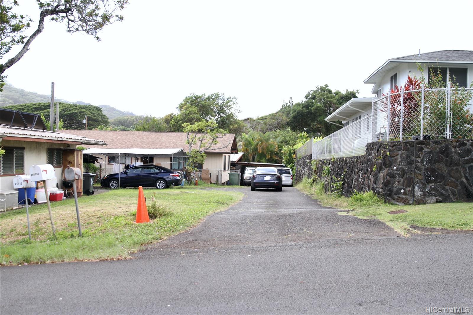45-511  Duncan Drive Waikalua, Kaneohe home - photo 2 of 24