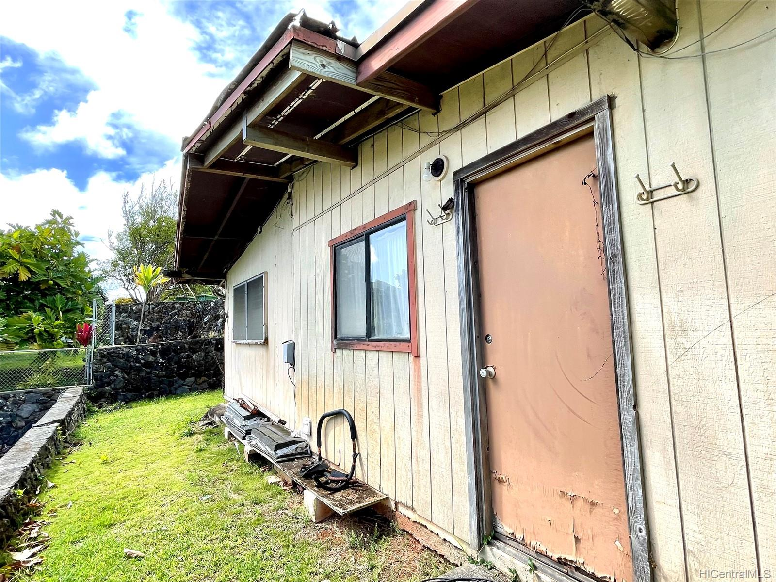 45-511  Duncan Drive Waikalua, Kaneohe home - photo 17 of 24