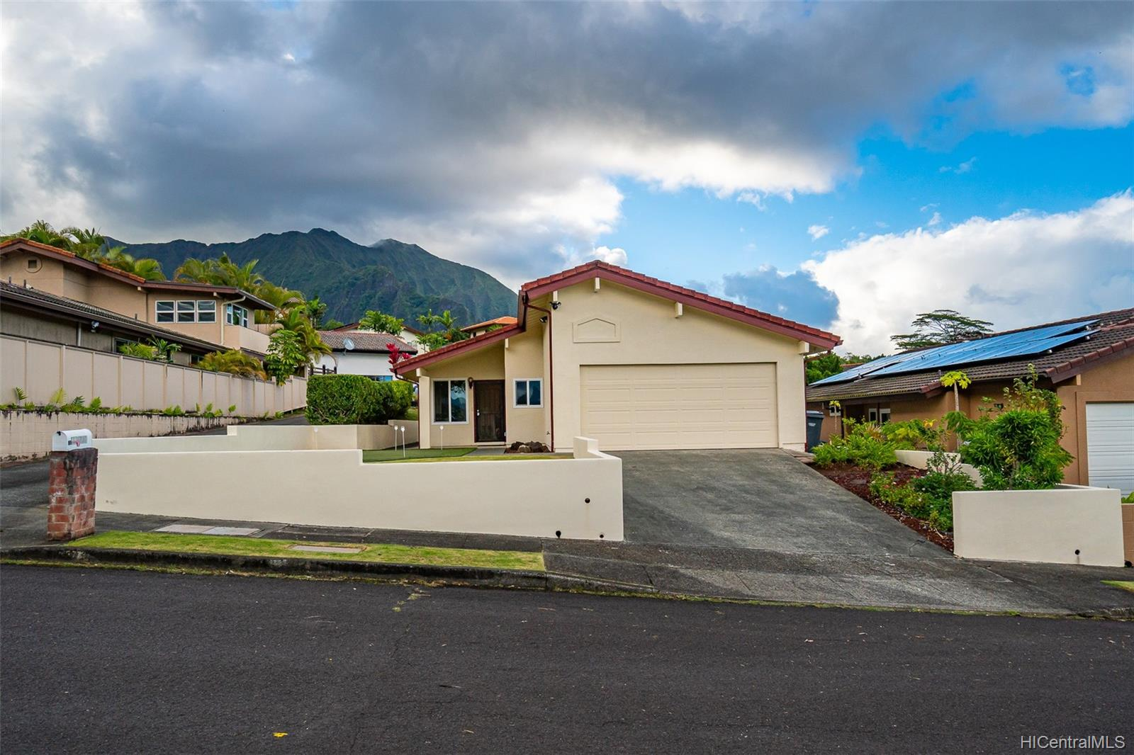 45-775  Puupele Street Castle Hill, Kaneohe home - photo 23 of 25