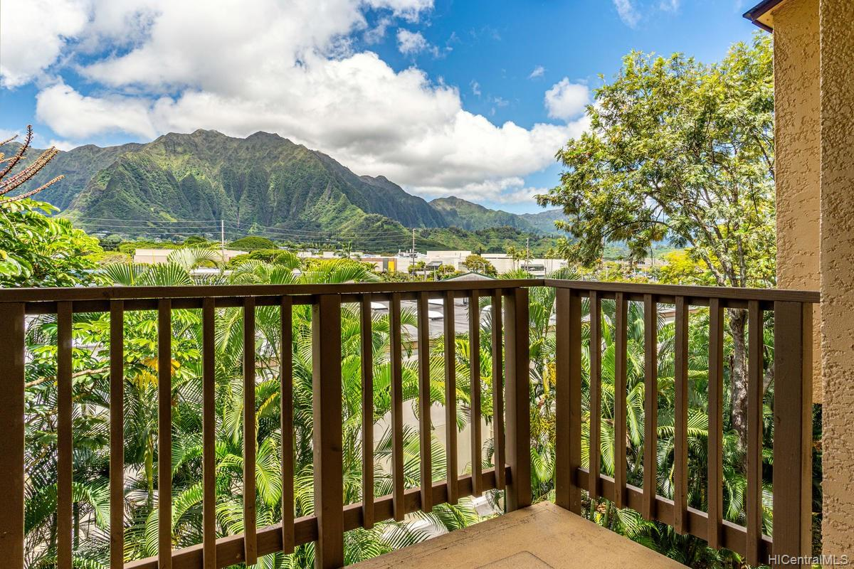 Puu Alii townhouse # 213, Kaneohe, Hawaii - photo 3 of 24