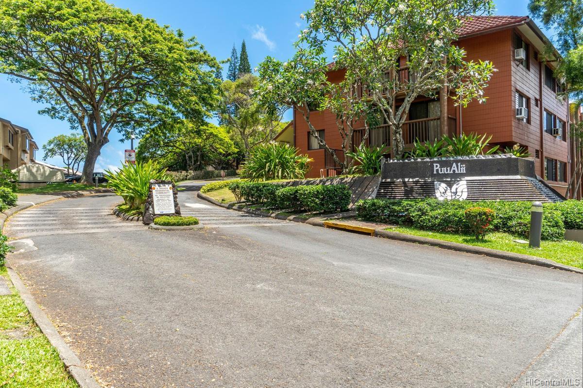 Puu Alii townhouse # 213, Kaneohe, Hawaii - photo 4 of 24