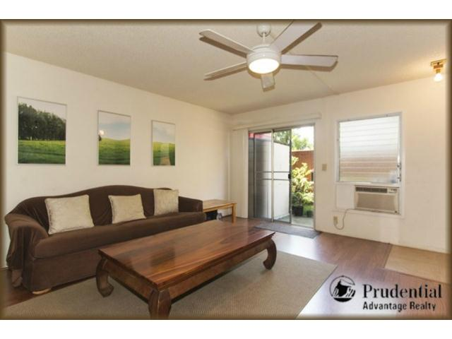 46-063 Emepela Pl townhouse # R202, Kaneohe, Hawaii - photo 2 of 16