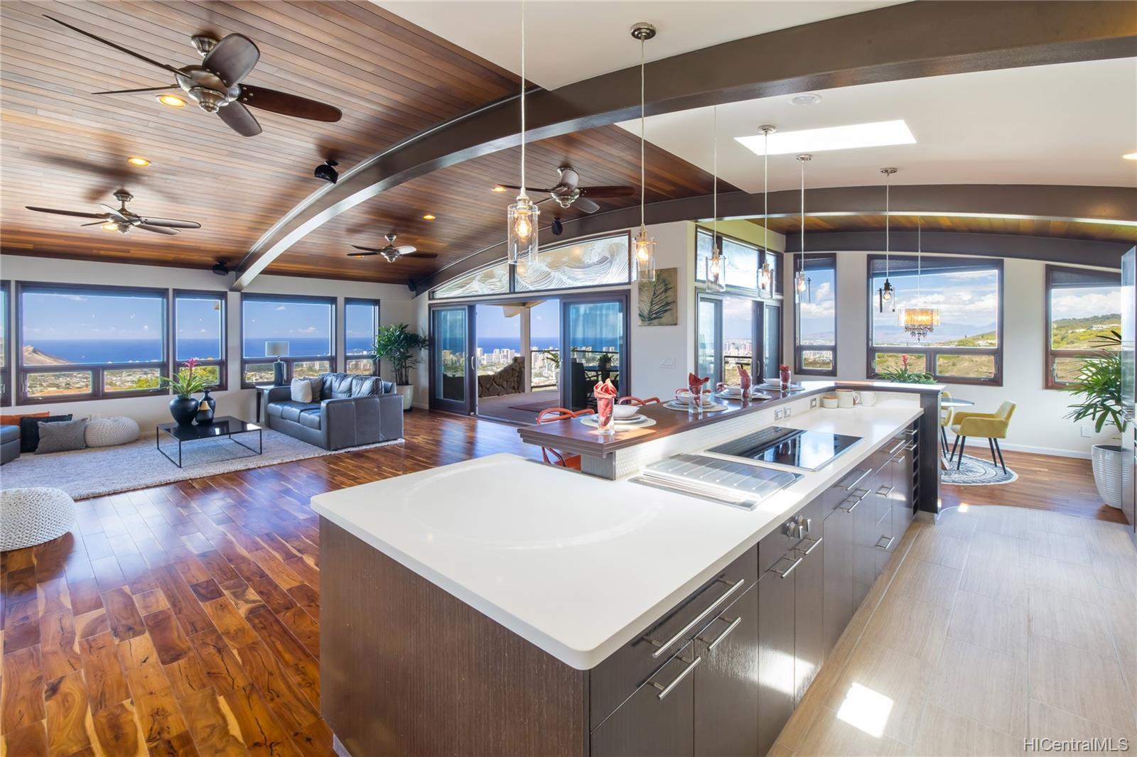 4658  Sierra Drive Maunalani Heights, Diamond Head home - photo 3 of 25