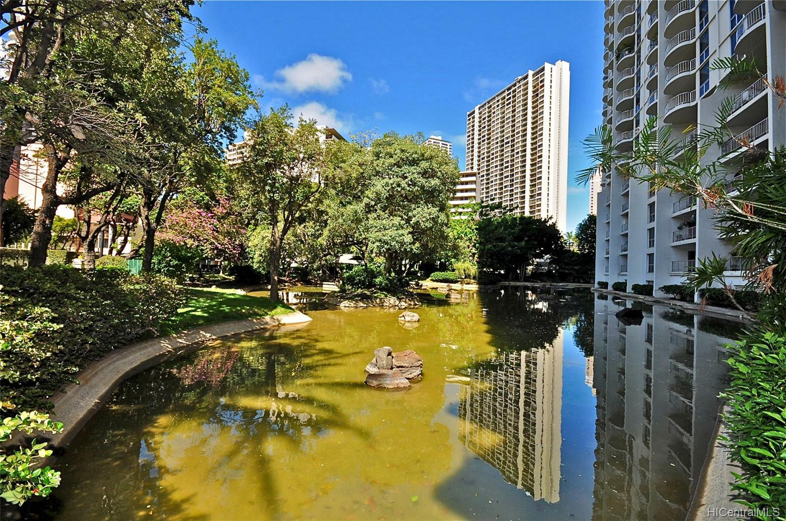 Waipuna condo # 501, Honolulu, Hawaii - photo 17 of 17