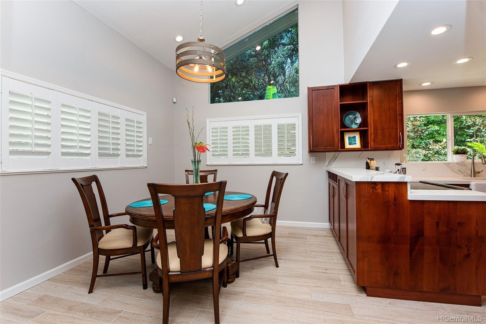47-122  Lile Place Ahuimanu Knolls, Kaneohe home - photo 10 of 25