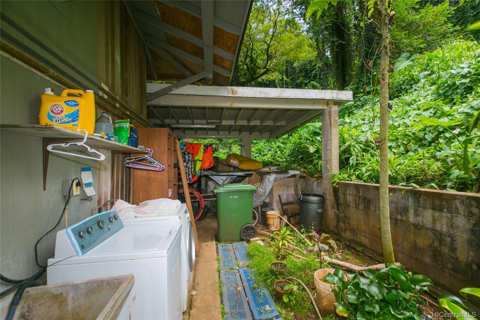 47-252  Ahuimanu Road Ahuimanu Area, Kaneohe home - photo 10 of 24