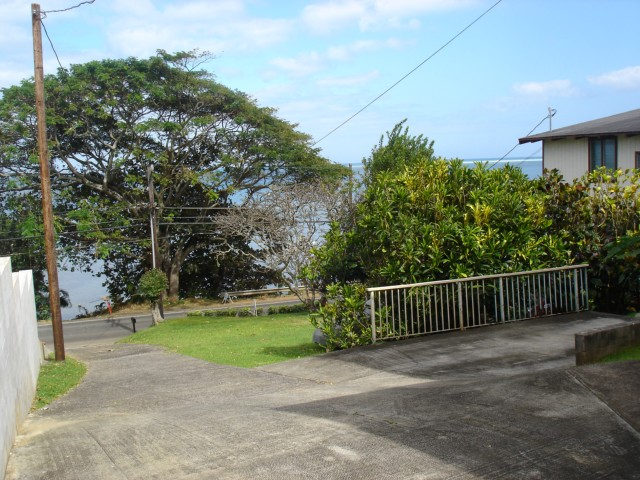 47-344  Kamehameha Hwy Lulani Ocean, Kaneohe home - photo 2 of 10