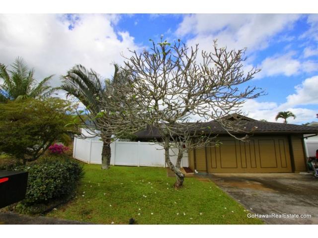 47-457  Aiai Pl Ahuimanu Area, Kaneohe home - photo 3 of 24