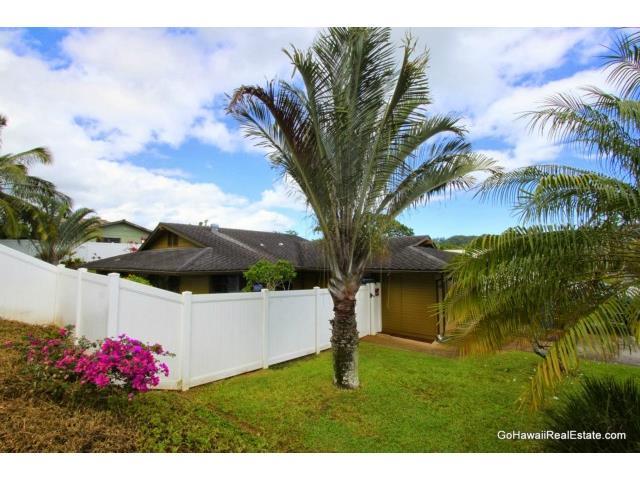 47-457  Aiai Pl Ahuimanu Area, Kaneohe home - photo 4 of 24