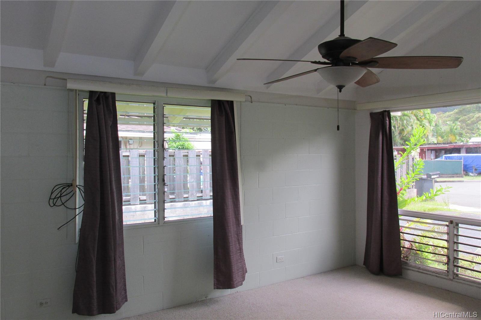 47-475  Ahulimanu Place Ahuimanu Area, Kaneohe home - photo 3 of 19