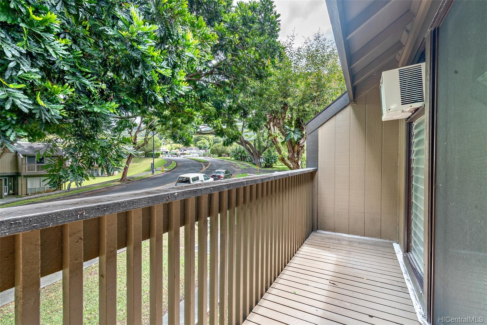 Kahalemanu condo # 37/703, Kaneohe, Hawaii - photo 10 of 25