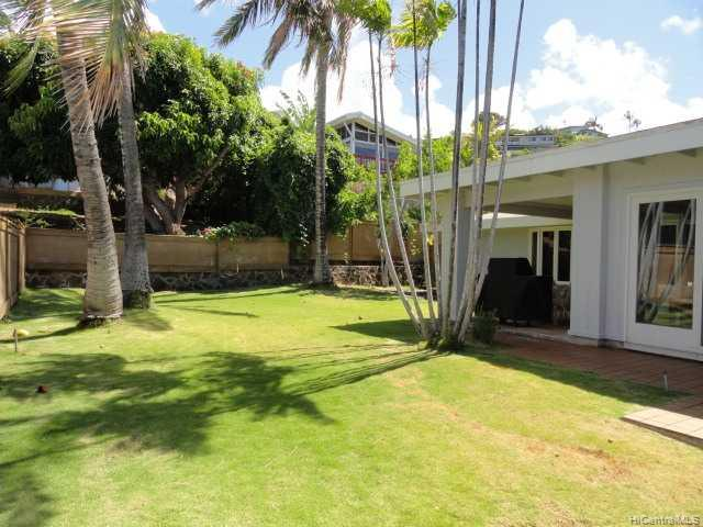 4940 Poola St Honolulu - Rental - photo 6 of 8