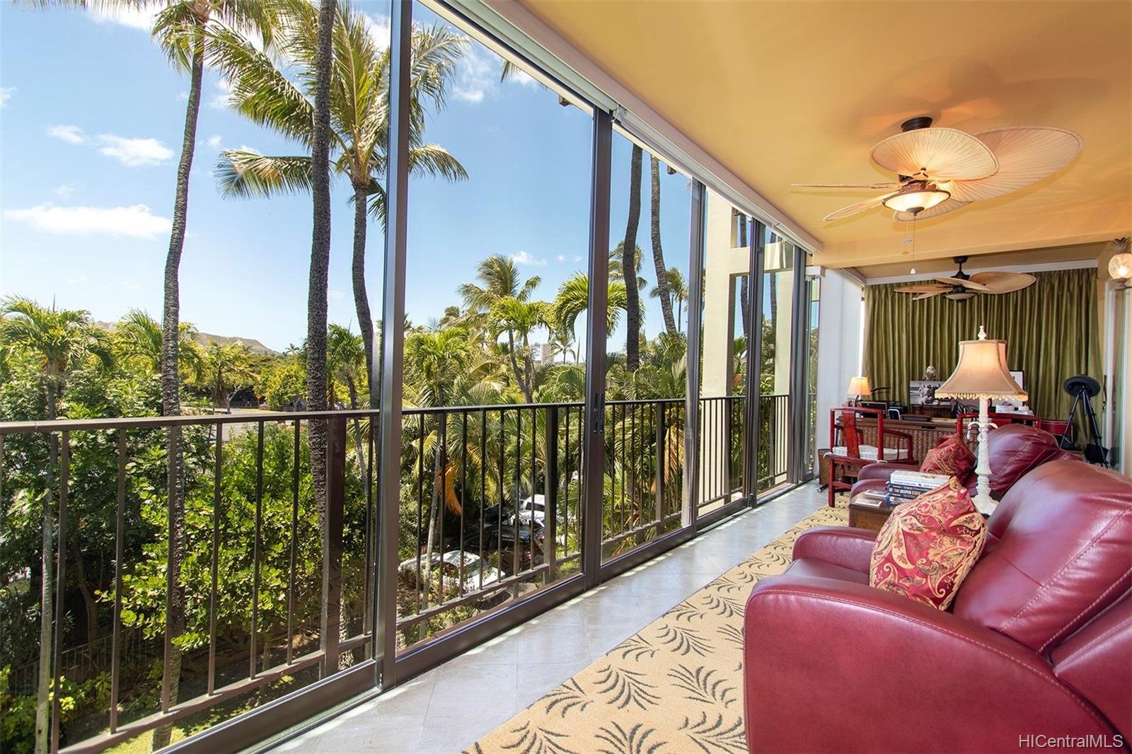 Kahala Beach condo #304, Honolulu, Hawaii - photo 0 of 25