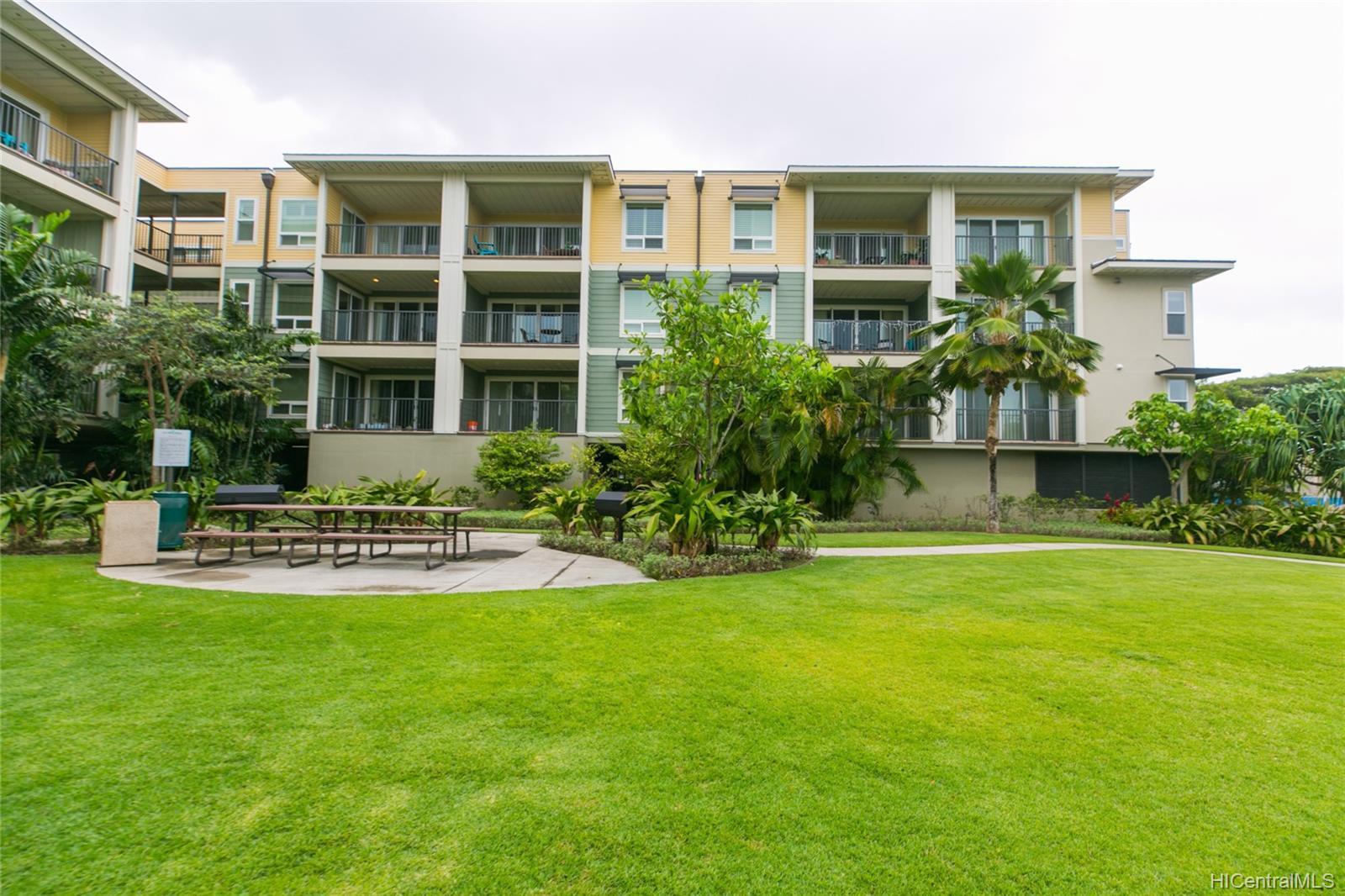 Ka Malanai@Kailua condo # 1106, Kailua, Hawaii - photo 1 of 25