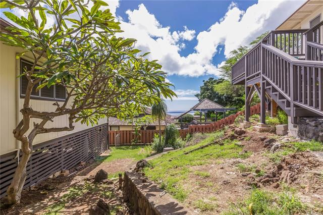 5158  Poola Street Waialae Iki, Diamond Head home - photo 12 of 25