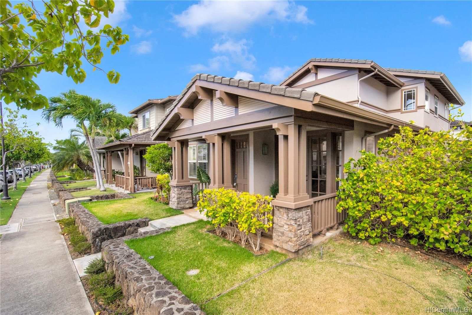 520  Lunalilo Home Road West Marina, Hawaii Kai home - photo 1 of 24
